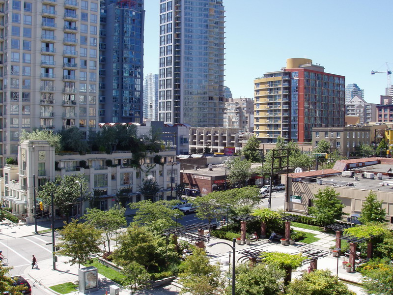 Great opportunity to own your own studio suite in Yaletown's Park Plaza