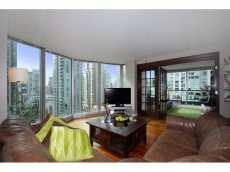 Bright, Southwest facing 1 bedroom plus den (or 2 bedroom) suite rarely offered at Yaletown's popular 889 Homer Street